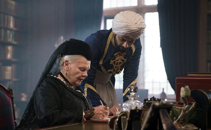 victoria-and-abdul-screengrab